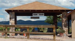 Bruzzi Vineyard Farm Stand Photo